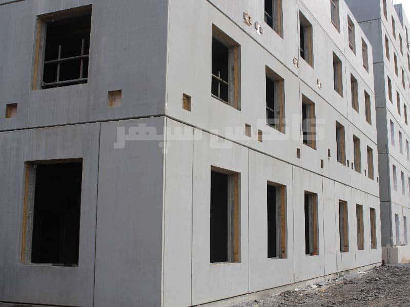 ساختمان با دیوار بتنی پیش ساخته